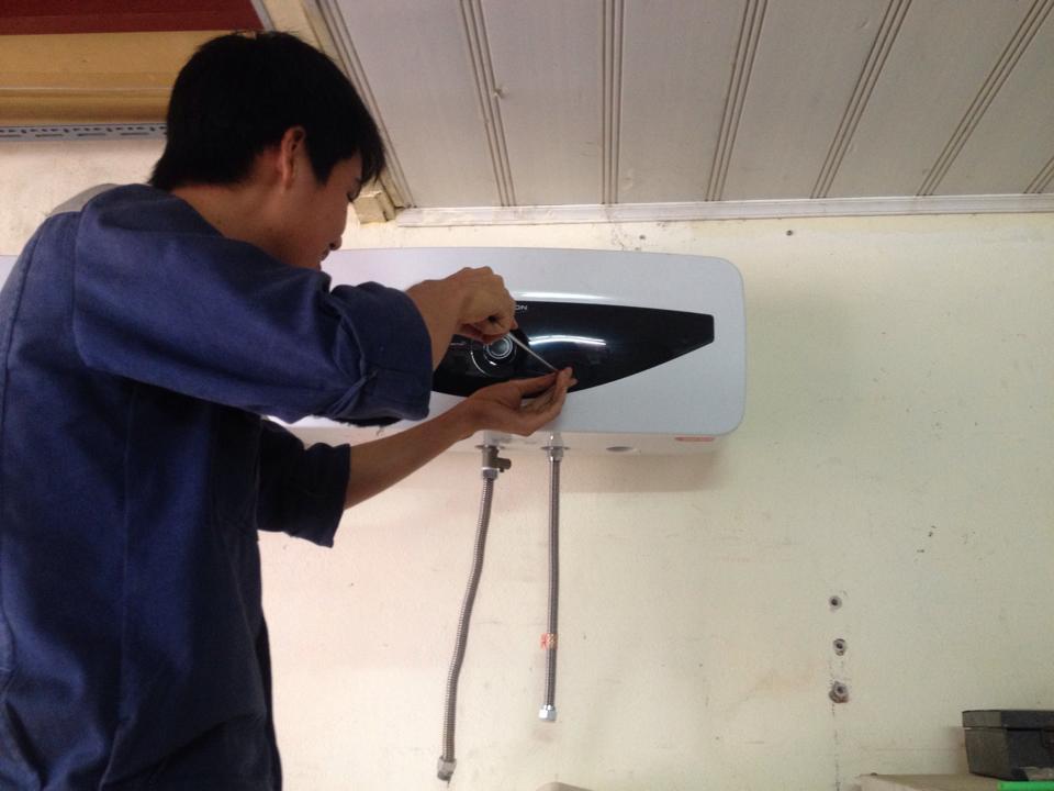 Sửa chữa bình nóng lạnh tại Thụy Khuê uy tín 094 388 8817